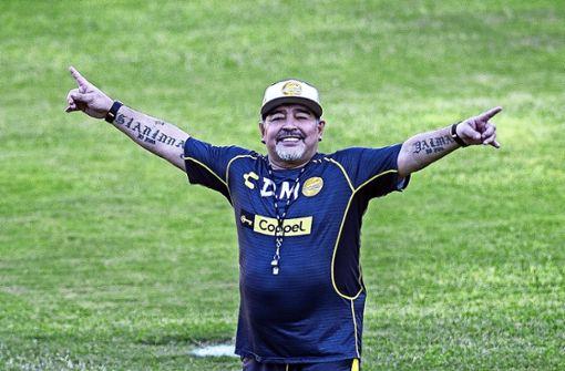 Diego Maradona –  Rücktritt vom Rücktritt in zwei Tagen