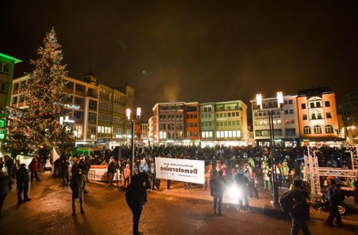 Corona-Demo in Stuttgart aufgelöst
