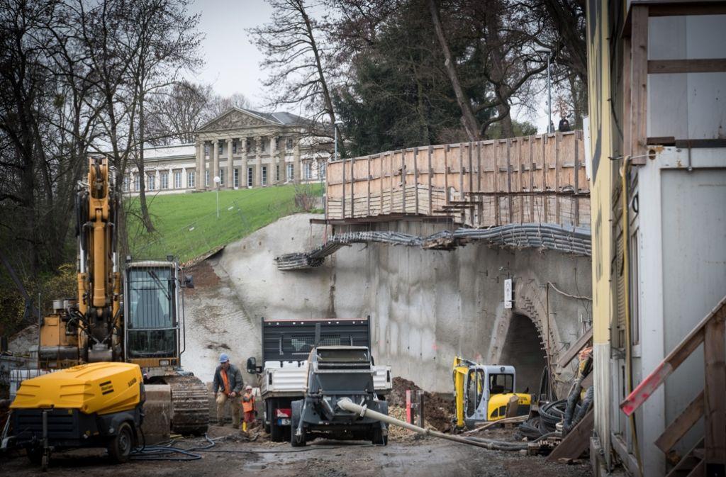 Unterhalb von Schloss Rosenstein sollen die Autos wieder ans Tageslicht kommen. Foto: Lg/Zweygarth