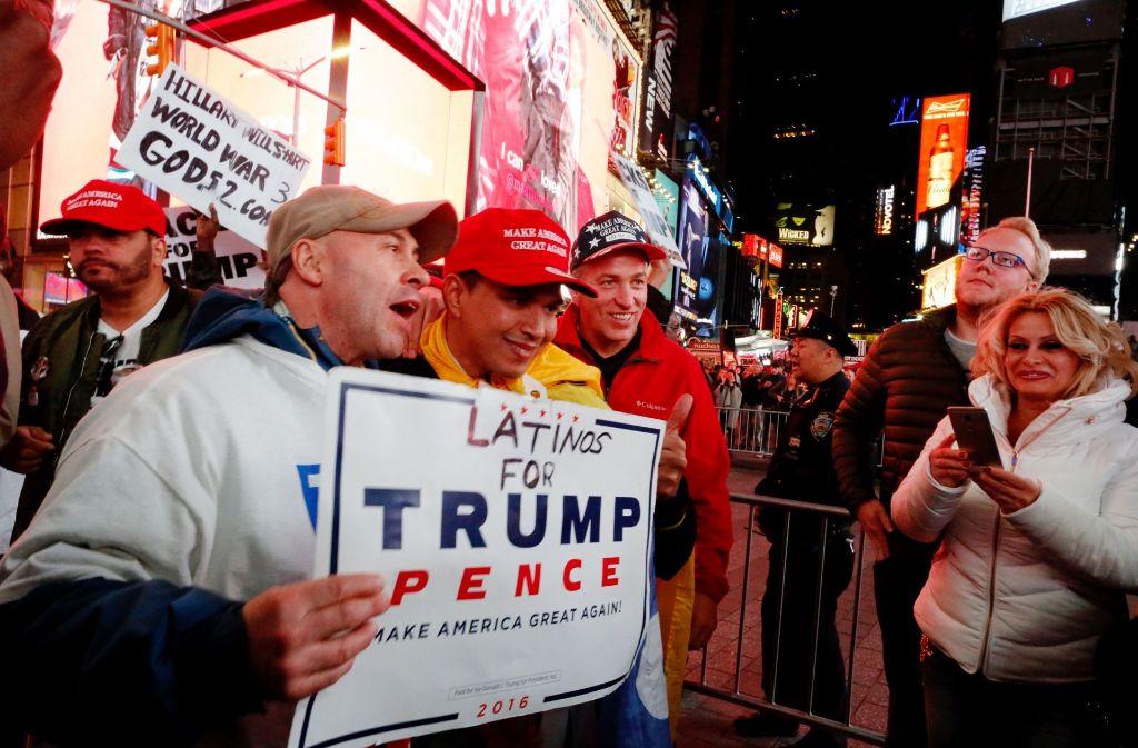 Bei den Trump-Anhängern wächst die Euphorie angesichts der guten Werte für Trump. Foto: AFP