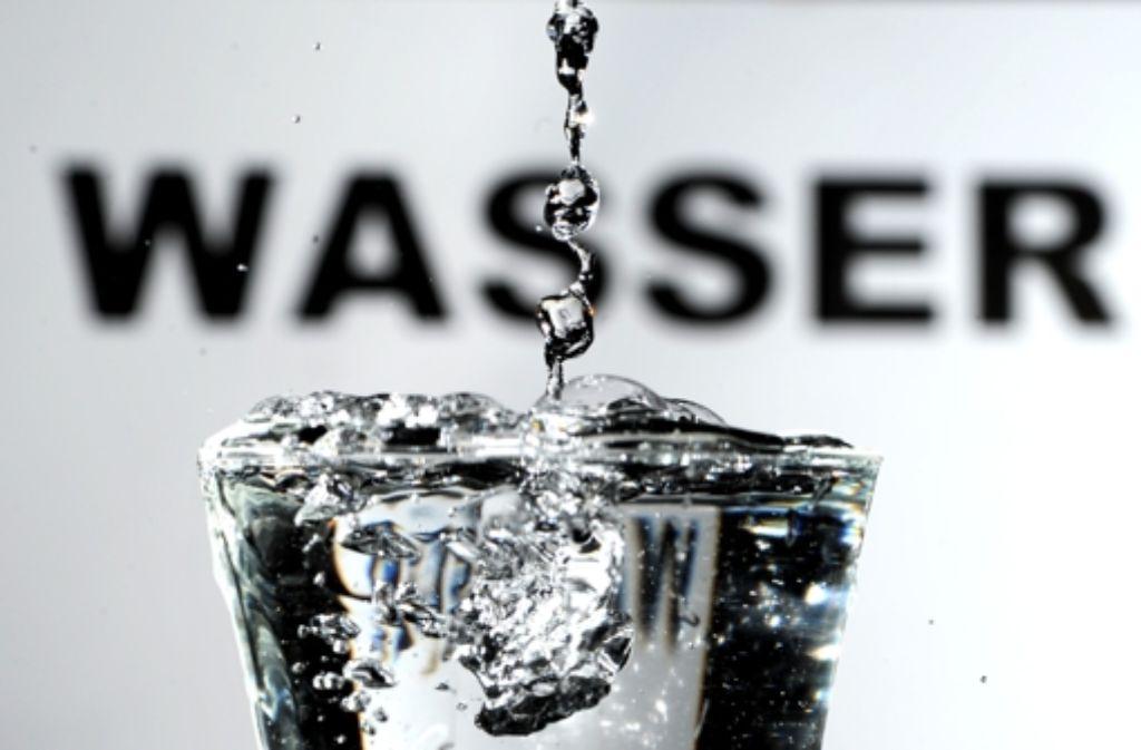 Gerichte müssen nun darüber entscheiden, was das Stuttgarter Wassernetz wert ist. Verhandlungen zwischen Stadt und EnBW sind gescheitert. Foto: dpa