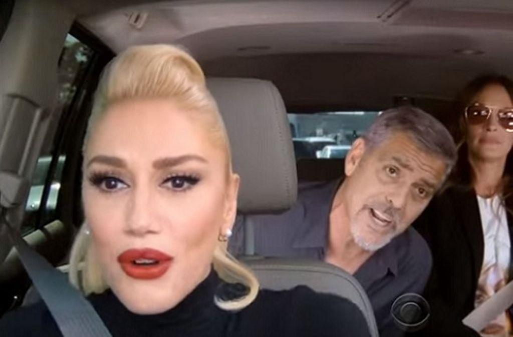 Cooles Trio: Gwen Stefani (links), George Clooney und Julia Roberts singen Popsongs in einem Auto und landen damit einen viralen Hit. Foto: Screenshot