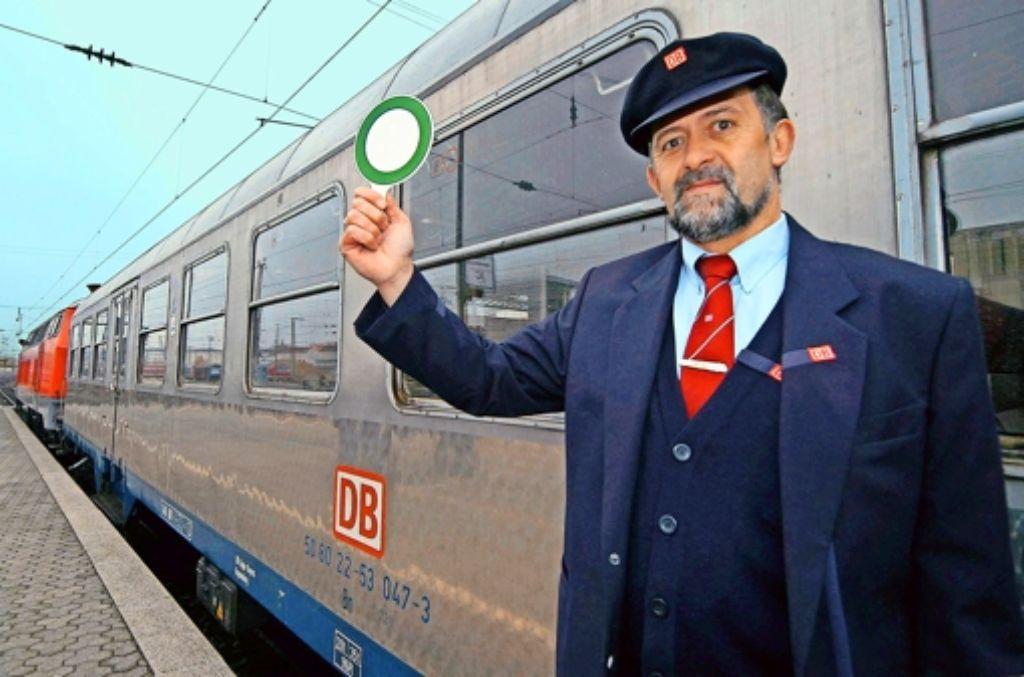 """Freie Fahrt für einen """"Silberling"""":  bis 2016 hat sich  die Bahn zwei Drittel des gesamten Schienenpersonennahverkehrs in Baden-Württemberg gesichert. Foto: dpa"""