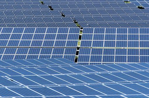 Dunkeltunnel und Solarstrom für Togo