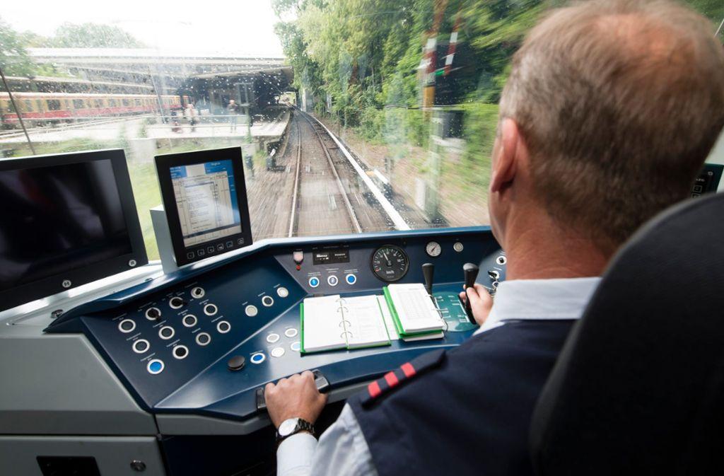 Es gibt nicht genügend Lokführer in Deutschland. Foto: dpa