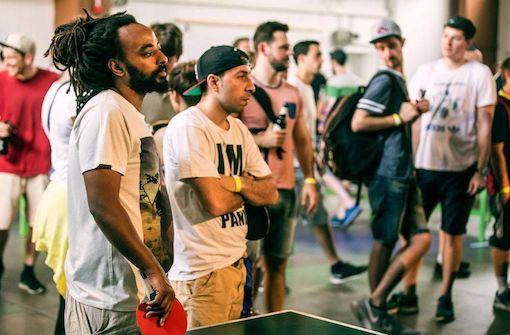 Tischtennis wie zu Kolchose-Zeiten