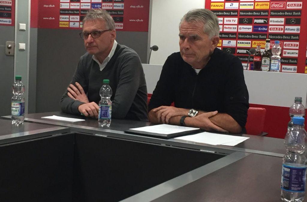 Sportchef Michael Reschke (links) und Präsident Dietrich traten an diesem Sonntag vor die Presse. Foto: Merz