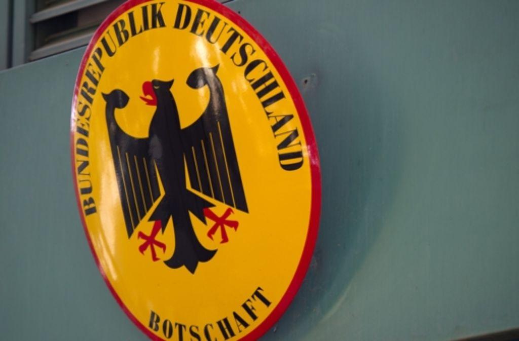 Zwei Syrerinnen dürfen nicht nach Deutschland reisen, weil sich die deutsche Botschaft in Beirut weigert, ihnen die Einreisepapiere auszustellen. Foto: dapd