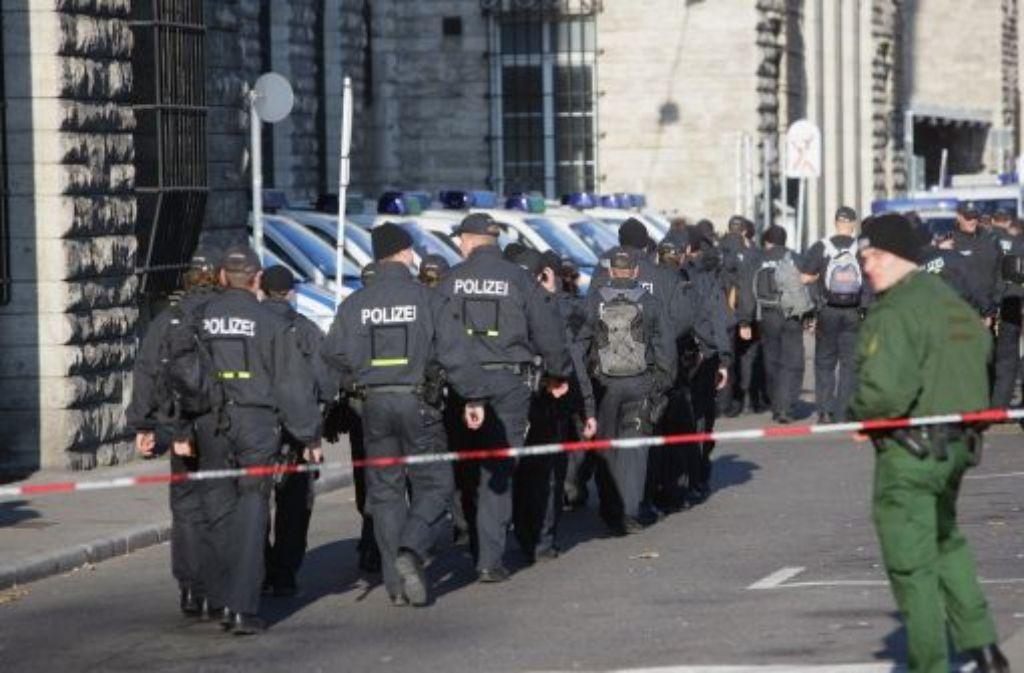 Die Polizei bereitet sich zwar vor, hofft aber auf friedliche Zeiten. Foto: Zweygarth