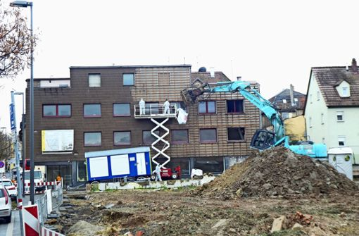 Alte Häuser müssen Neubauten weichen