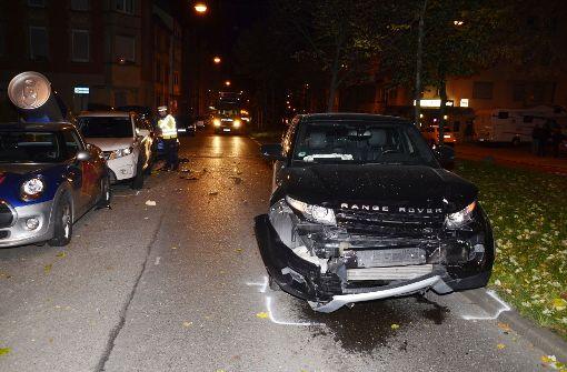 Drei Verletzte und hoher Schaden nach Verkehrsunfall