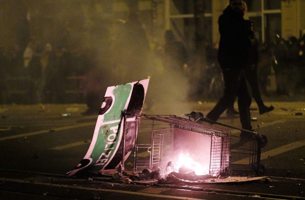 Die Gewaltbereitschaft von Linksextremisten gegen die Polizei – wie hier in Leipzig-Connewitz – wächst. Foto: AFP/SEBASTIAN WILLNOW