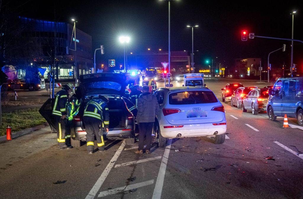 Bei dem Unfall wurde die 39-jährige Mercedes-Fahrerin verletzt. Foto: 7aktuell.de/Nils Reeh
