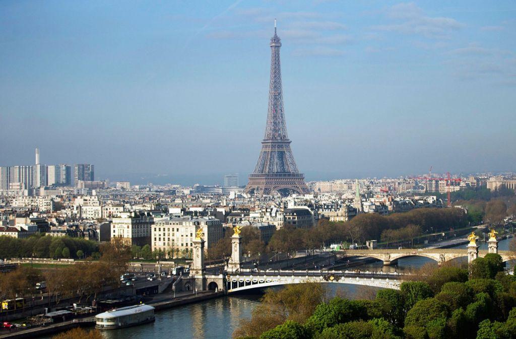 Paris sehen und zahlen. Die Lebenshaltungskosten erreicht hier einen Rekordwert. Foto: dpa
