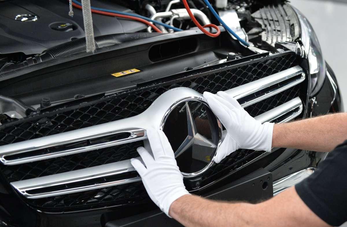 Die Marktforschungsfirma Interbrand sieht Mercedes-Benz als begehrteste deutsche Marke. Foto: dpa/Carmen Jaspersen