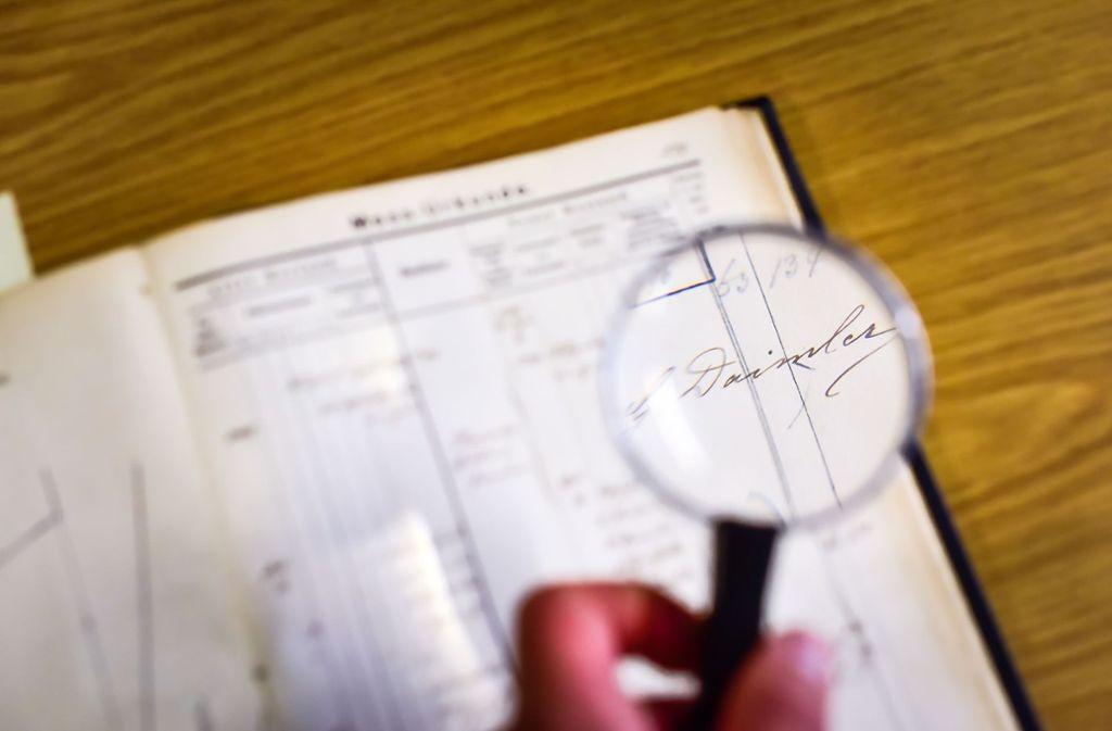 Gottlieb Daimlers Signatur auf der Vermessungsunterlage seines Privatgrundstücks in Bad Cannstatt Foto: Lichtgut/Max Kovalenko