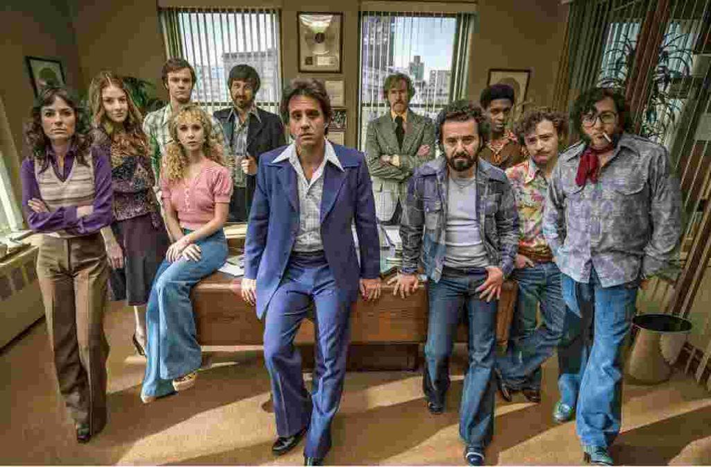 """Der Männerclub von Richie Finestra (Bobby Cannavale, Mitte) hat getagt,  In der 70er-Jahre-Serie """"Vinyl"""" haben Frauen nur ausnahmsweise als hübsche Deko am Bildrand Zutritt Foto: HBO/Sky Atlantic"""