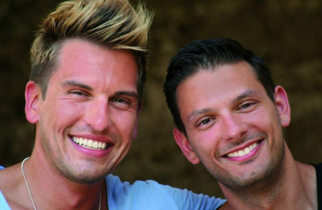 Chris Fleischhauer (links)  und sein Lebensgefährte Steffen Schneider Foto: Schneider