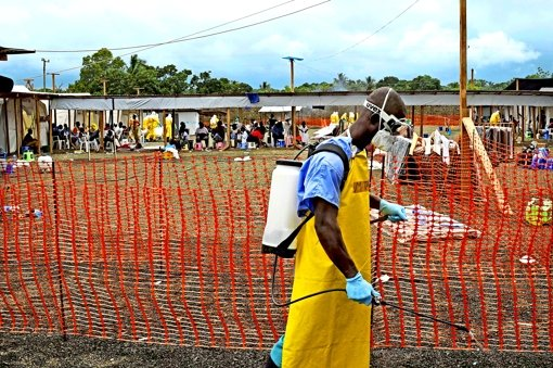 Aufruhr und Chaos durch Ebola