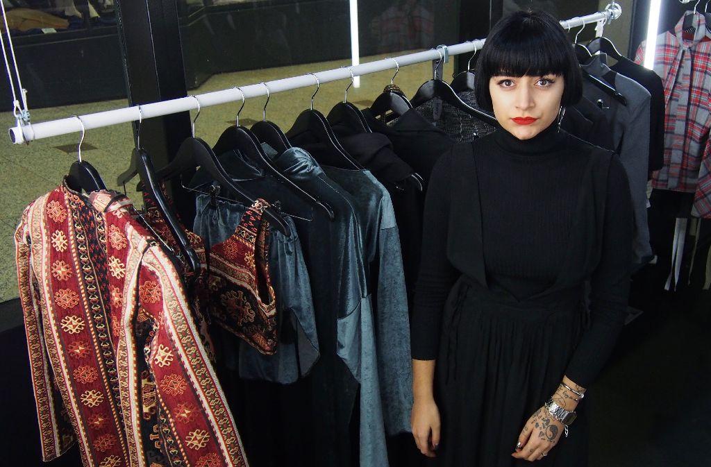 Im neuen Concept-Store von Haute Cueture hängt ab sofort die Mode von Jung-Designerin Cemre Kaya,...  Foto: Tanja Simoncev