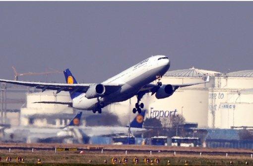 Lufthansa im Spagat