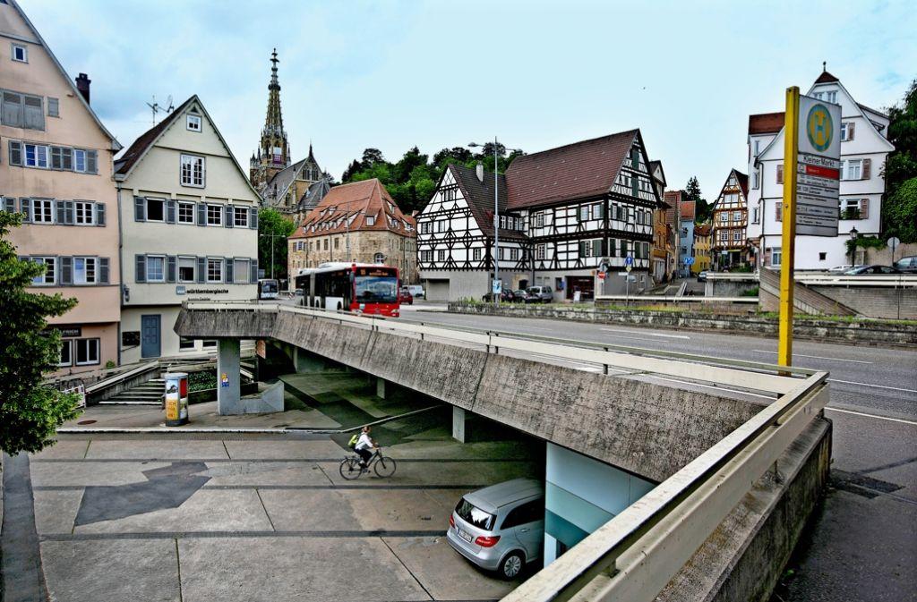 Während der Bauphase  der Augustinerbrücke wird es vermehrt zu Verkehrsbehinderungen kommen. Foto: Horst Rudel