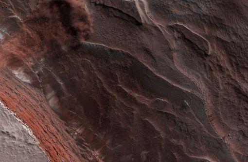Nasa fotografiert riesige Eislawine  auf dem Mars