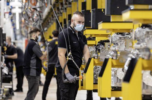 Daimler-Mitarbeiter sorgen sich um  ihren Arbeitsplatz