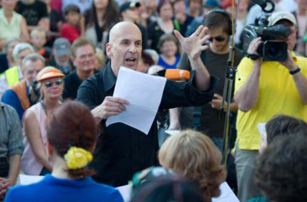 Volker Lösch, einer der Initiatoren des Schwabenstreichs, will jetzt in New York gegen Stuttgart 21 protestieren. Foto: dpa
