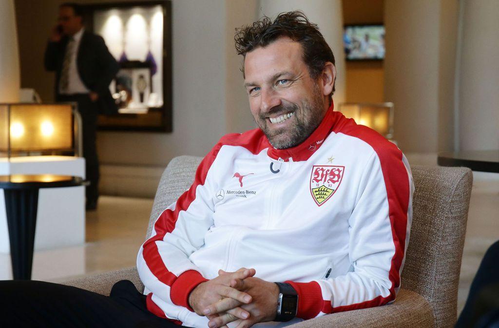 Markus Weinzierl vom VfB Stuttgart im Gespräch mit unserer Redaktion. Foto: Pressefoto Baumann