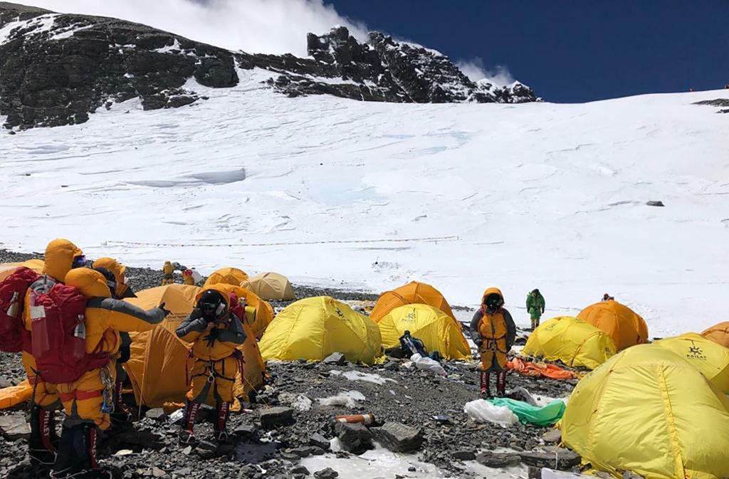 Auf dem höchsten Berg der Welt sammeln sich Unmengen von Müll. Foto: Dawa Steven Sherpa