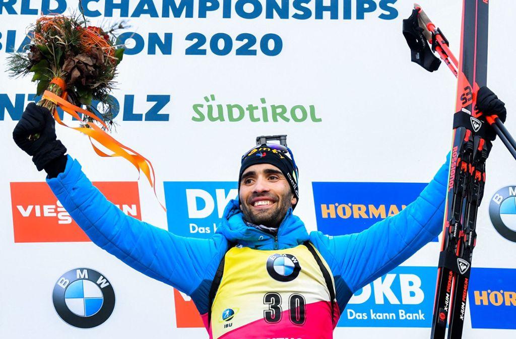 Martin Fourcade leistete sich nur einen Fehlschuss, das war die Grundlage zu seinem Erfolg im Einzel über 20 Kilometer. Foto: AFP/Tiziana Fabi