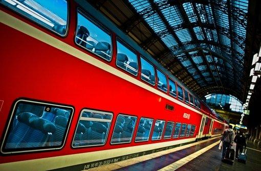 Wer wie die Bahn den Zuschlag für Aufträge im Regionalverkehr bekommt,  muss strikte Vorgaben erfüllen. Ansonsten drohen Konventionalstrafen. Foto: dpa
