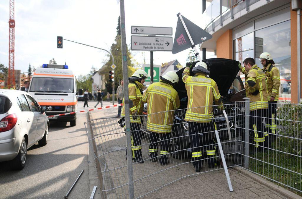 Mit seinem Mercedes ist der 65-Jährige in Bad Krozingen in eine Menschenmenge gefahren. Foto: dpa