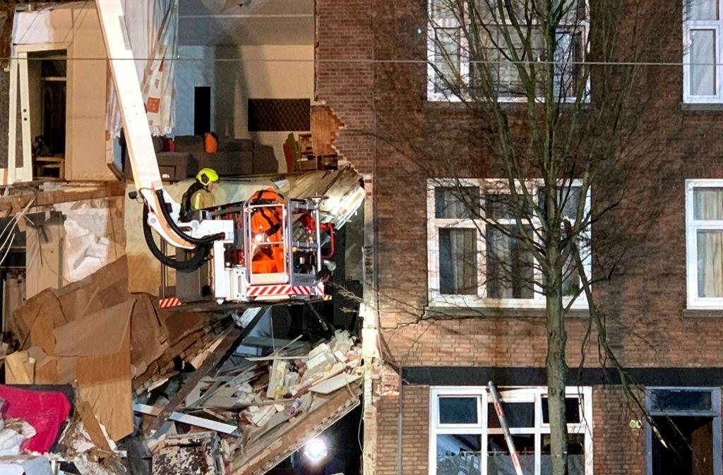 Mindestens zwei Menschen wurden bei der Explosion verletzt. Foto: AP