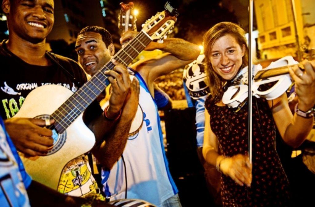 Die Deutsche Friederike Jurth im Auge des brasilianischen Karnevalsturms. Foto: Anja Kessler