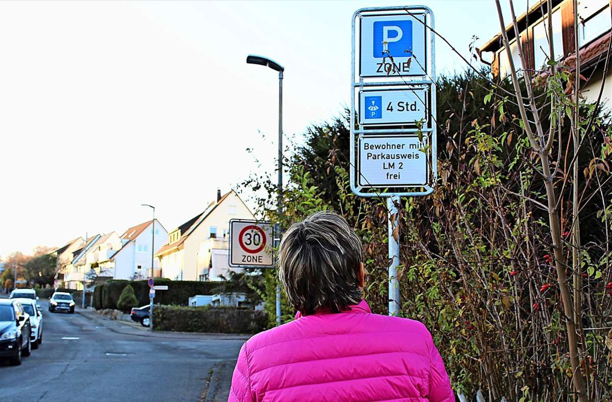 Eine Parkzeit von vier Stunden reicht nicht, wenn der Gast übernachten will. Foto: Caroline Holowiecki