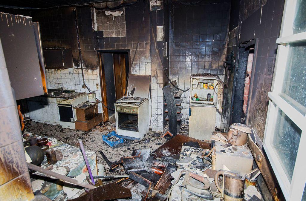 Mitten in der Nacht brach in einer Sozialunterkunft in Markgröningen ein tödliches Feuer aus. Foto: dpa