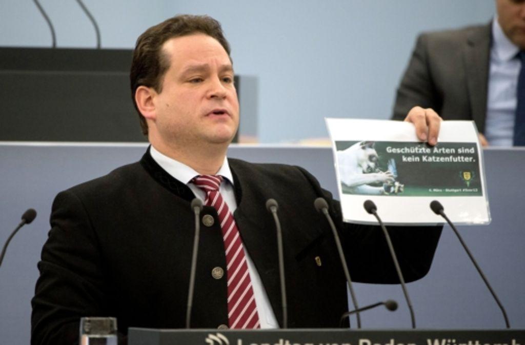 Als Agrarminister muss  Alexander Bonde (Grüne) manchen Konflikt überstehen. In der eigenen Partei  musste er jetzt eine Niederlage hinnehmen. Foto: dpa