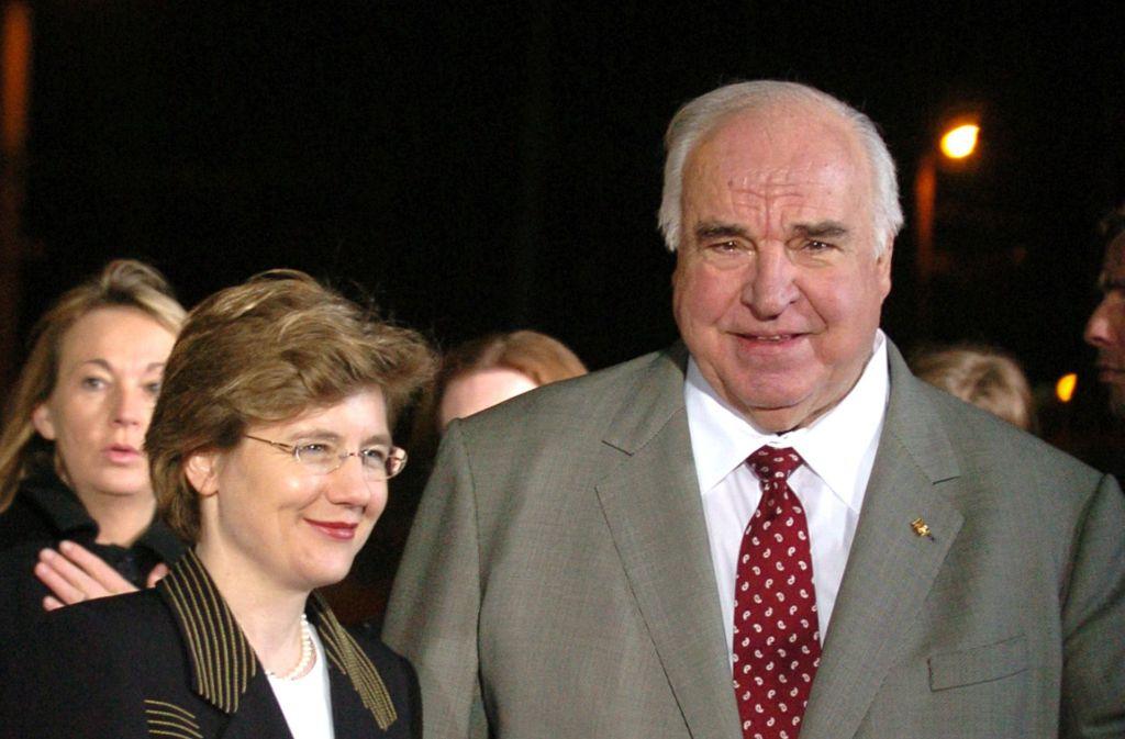 Maike Richter-Kohl, hier auf einem Archivbild von 2006, hat sich noch nicht dazu geäußert, ob sich im Haus des Altkanzlers amtliche Unterlagen befinden. Foto: AP