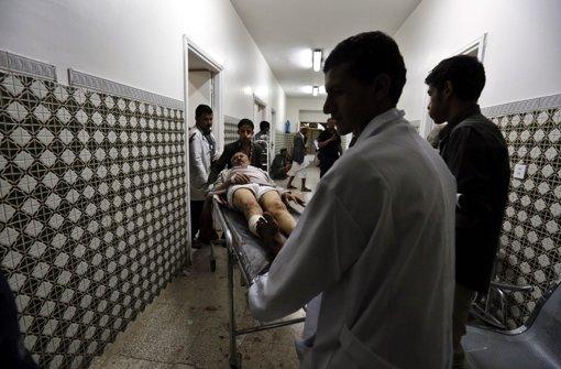 Mindestens 32 Tote in Moschee