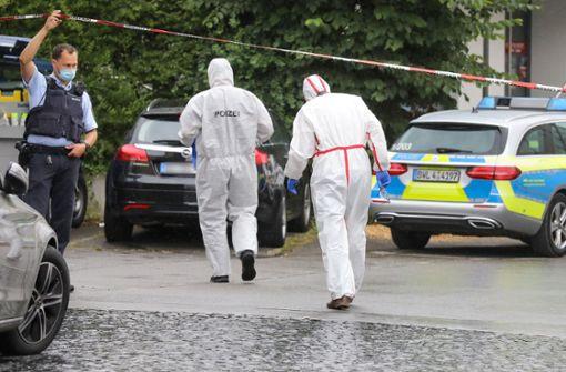 Toter nach Polizeieinsatz - Beamten finden Tatmesser