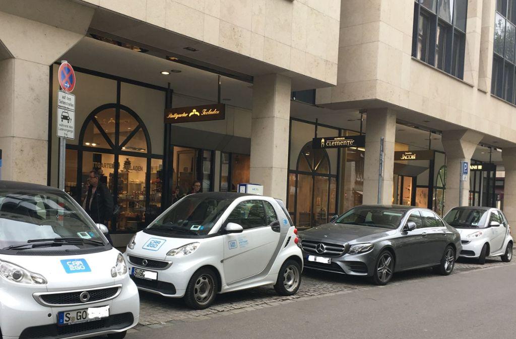 An den Ladestationen kann es, wie hier in der Eberhardstraße, schon mal zum Stau kommen. Foto: ks