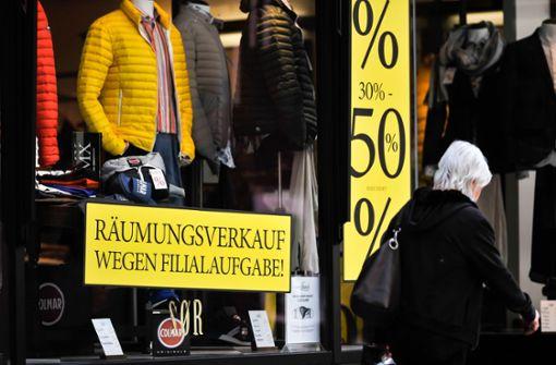 Immer mehr Kritik an Auflagen für den Einzelhandel