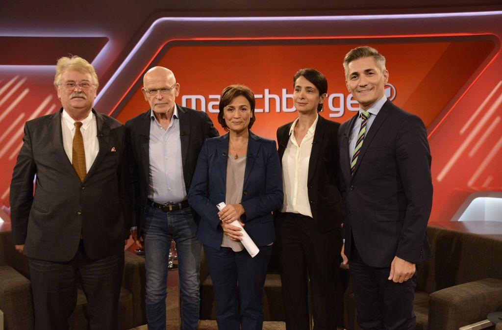 Die Gäste und ihre Gastgeberin: Elmar Brok, Günter Wallraff, Sandra Maischberger, Cigdem Akyol und Erkan Arikan (von links). Foto: CITYPRESS24