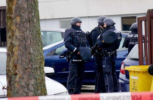 Polizei sucht nach grauem Kombi