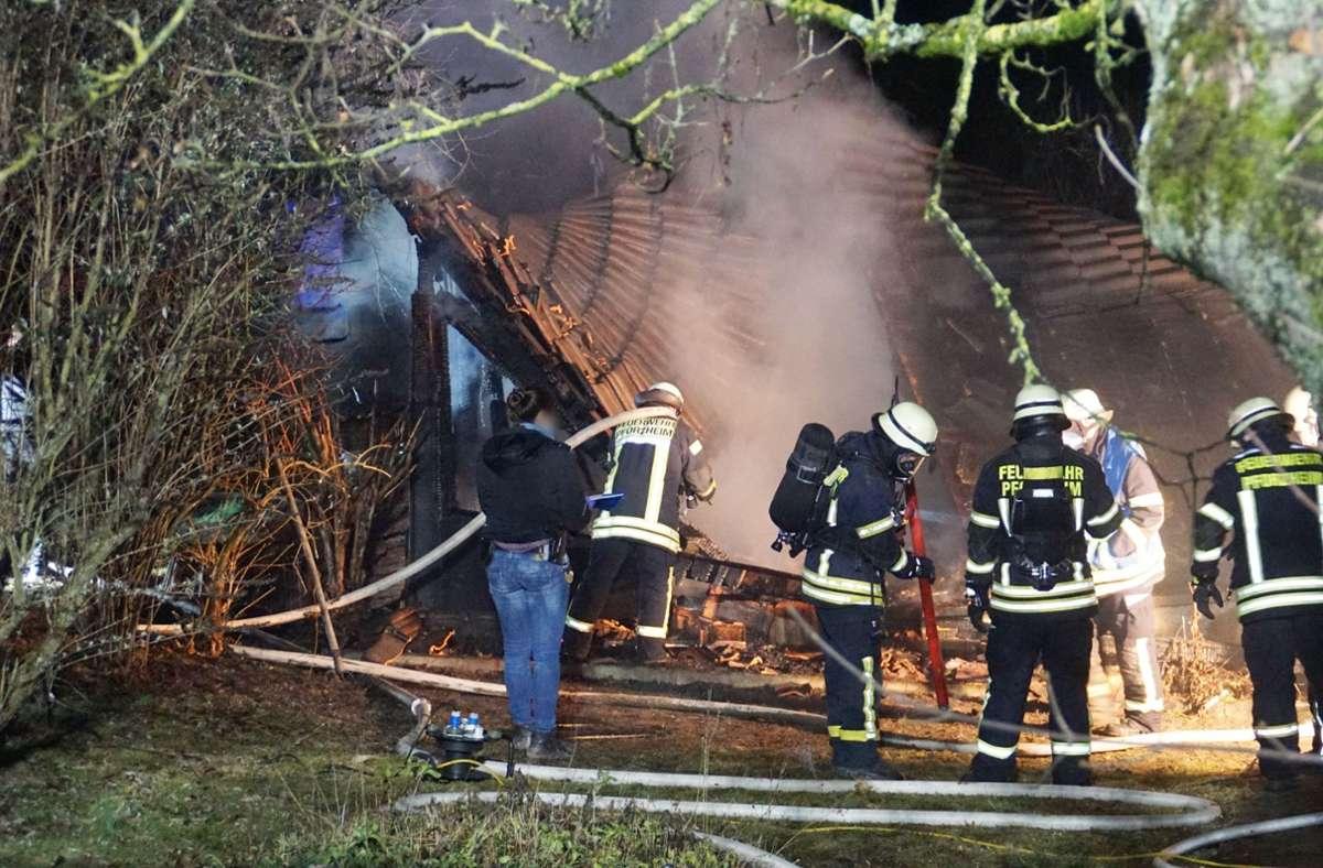 In Pforzheim brannte es in der Nacht zum Samstag an verschiedenen Stellen. Foto: SDMG/Gress