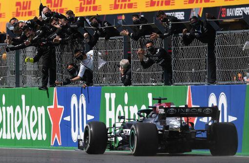 Lewis Hamilton schlägt im WM-Kampf zurück