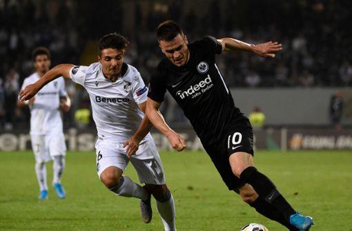 Eintracht Frankfurt zittert sich zum Sieg gegen Vitoria Guimarães