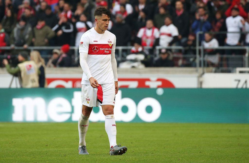 Marc Oliver Kempf sah in der 87. Minute im Spiel gegen den KSC nach einem groben Foul die Rote Karte. Foto: Pressefoto Baumann/Alexander Keppler